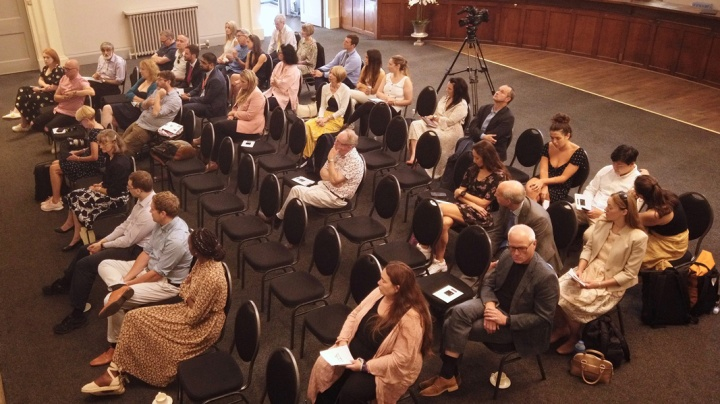Audience at Kuntsford event